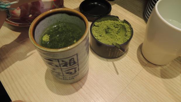 Mix your own matcha tea