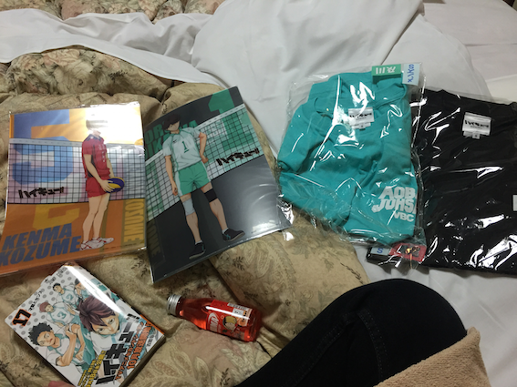 Kenma files, Oikawa files, Aoba Johsai and Nekoma T-shirt, the latest volume of the manga (which had heartbreaking Seijou extras now available for my constant perusal) and a 95ml Nekoma strawberry flavoured drink